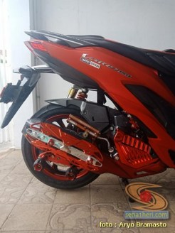 Modifikasi All New Honda Vario 150 merah merona ala sultan brosis (10)