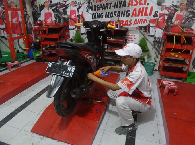 Tips perawatan motor habis mudik dari Honda, monggo disimak gans...