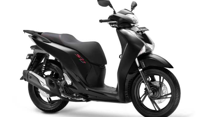 Mat Galaxy Black Metallic, warna baru Skutik Premium Honda SH150i tahun 2019