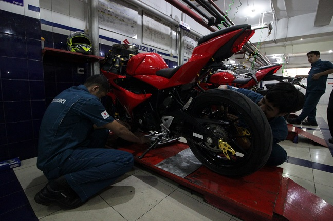 Suzuki Saturday Night Ride goyang Makasar brosis