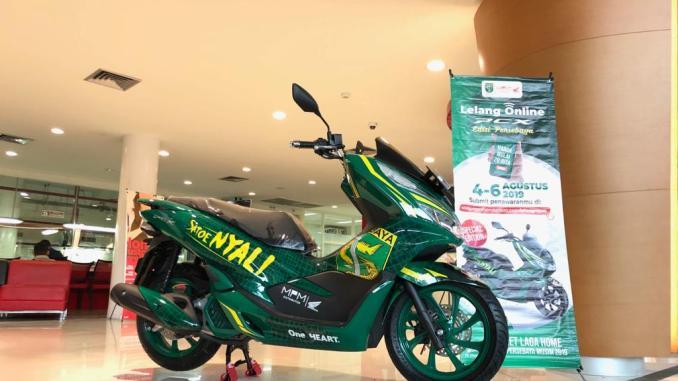 Lelang Honda PCX tahun 2019 livery Bonek Persebaya~02