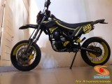 Foto modifikasi supermoto warna kuning brosis (5)