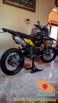 Foto modifikasi supermoto warna kuning brosis (8)