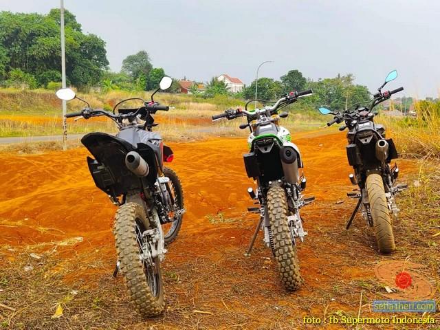 Kumpulan foto bokong motor supermoto…montok abiss gans.. (19)