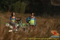 Kumpulan foto romantisme anak motor trail maupun prewedding biker (3)