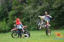 Kumpulan foto romantisme anak motor trail maupun prewedding biker (34)