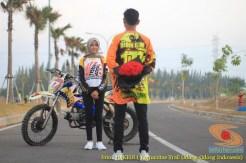 Kumpulan foto romantisme anak motor trail maupun prewedding biker (62)