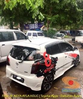 Kumpulan foto modifikasi cutting sticker mobil Agya dan Ayla tahun 2020 (8)