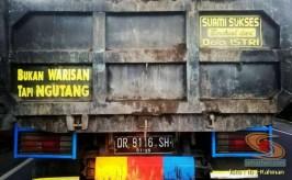 Kumpulan tulisan stiker bak truk dan kata kata mutiara untuk sopir (16)