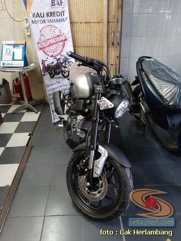 harga dan spesifikasi Yamaha XSR 155 di Kota Surabaya