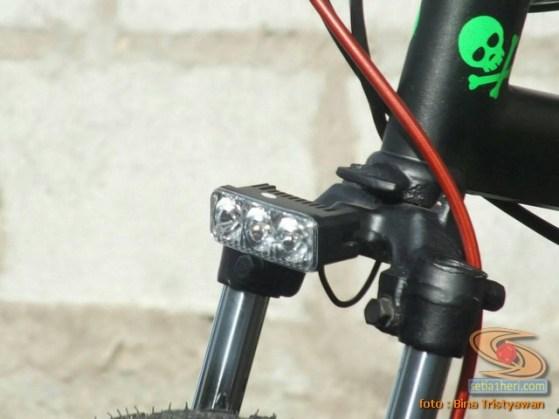 BMX Moto, Modifikasi mini trail odong-odong rangka BMX mesin Yamaha Crypton asal Malang Jawa Timur (2)