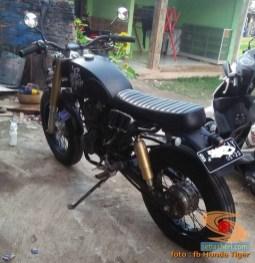 Honda Tiger modif Jap Style atau Scrambler (15)