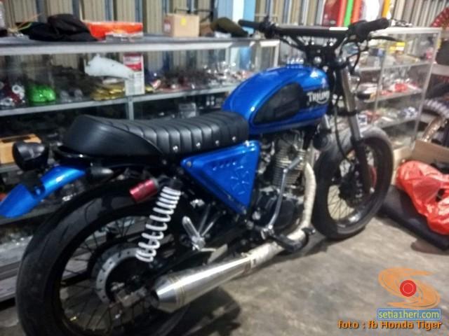 Honda Tiger modif Jap Style atau Scrambler (1)