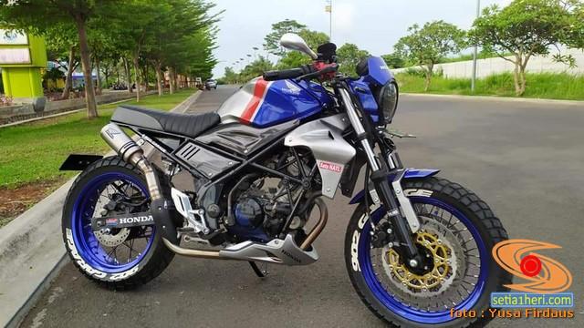 Modifikasi Honda CB150R Custom bikin ngilerrr brosis...