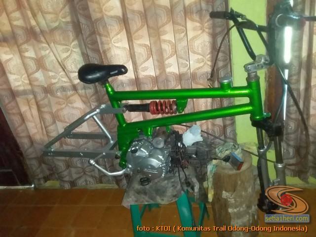 merakit BMX moto jadi motor trail