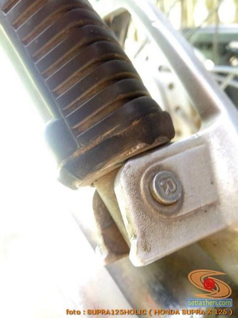 Solusi kreatip benerin footstep Honda Supra yang longgar (5)
