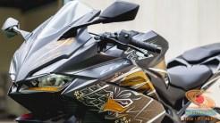 Gambar detail Honda CBR250RR SP Quick Shifter warna Special Edition Garuda X Samurai tahun 2020 (17)