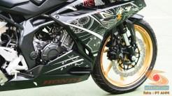 Gambar detail Honda CBR250RR SP Quick Shifter warna Special Edition Garuda X Samurai tahun 2020 (5)