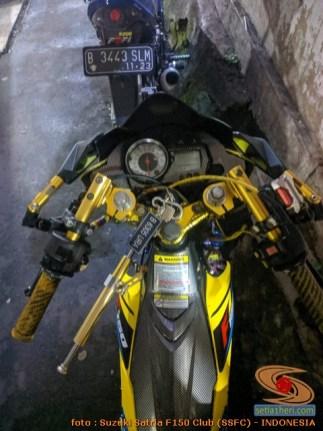 Modifikasi suzuki satria fu pakai stabilizer atau steering dumper brosis (6)