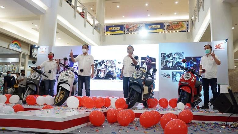 Harga sepeda motor All New Honda Scoopy tahun 2020 di Kota Surabaya