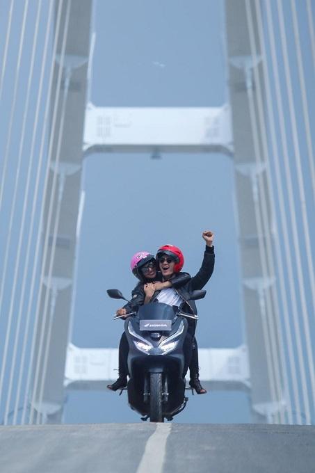 MPM Honda Jatim gelar PCX Street Photo Contest njepret Ikon Kota Bojonegoro (1)