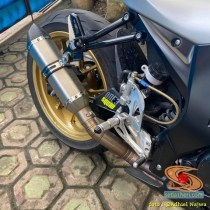 Modifikasi Suzuki GSX-R 150 tahun 2018 Wrapping Fullbody warna Silver Doff asal Semarang, Jawa Tengah (2)