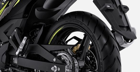 ban tubeless Yamaha MX King 150 tahun 2021