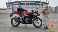Njajal Numpak Honda CBR150R terbaru 2021 ke Gelora Bung Tomo dan Gelora Joko Samudro Gresik (3)