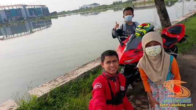 Njajal Numpak Honda CBR150R terbaru 2021 ke Gelora Bung Tomo dan Gelora Joko Samudro Gresik (7)