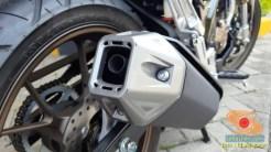 Lebih dekat dengan Honda CB150R tahun 2021 edisi spesial warna Armored Matte Grey (5)