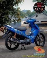 Restorasi Suzuki Shogun 125 R jadi kinclong dan pakai livery Moto GP gans. (1)