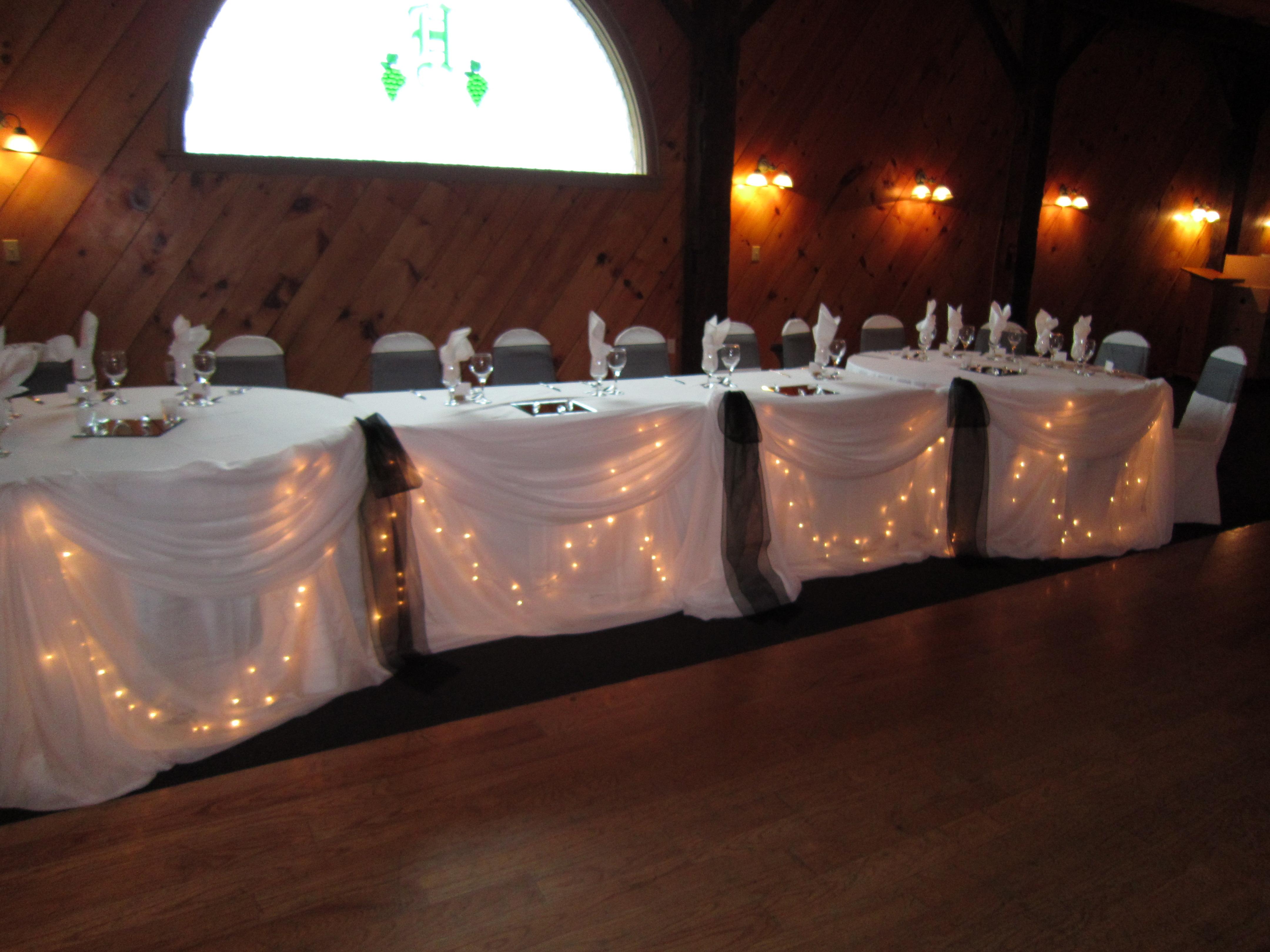 Fall Weddings Set The Mood Decor