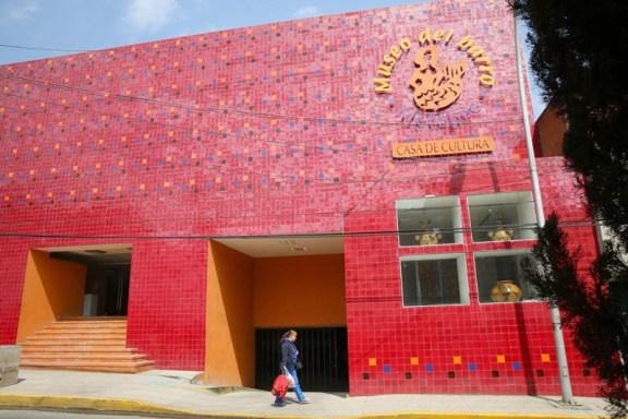Metepec ofrece en 5 Casas de Cultura más de 60 Talleres.