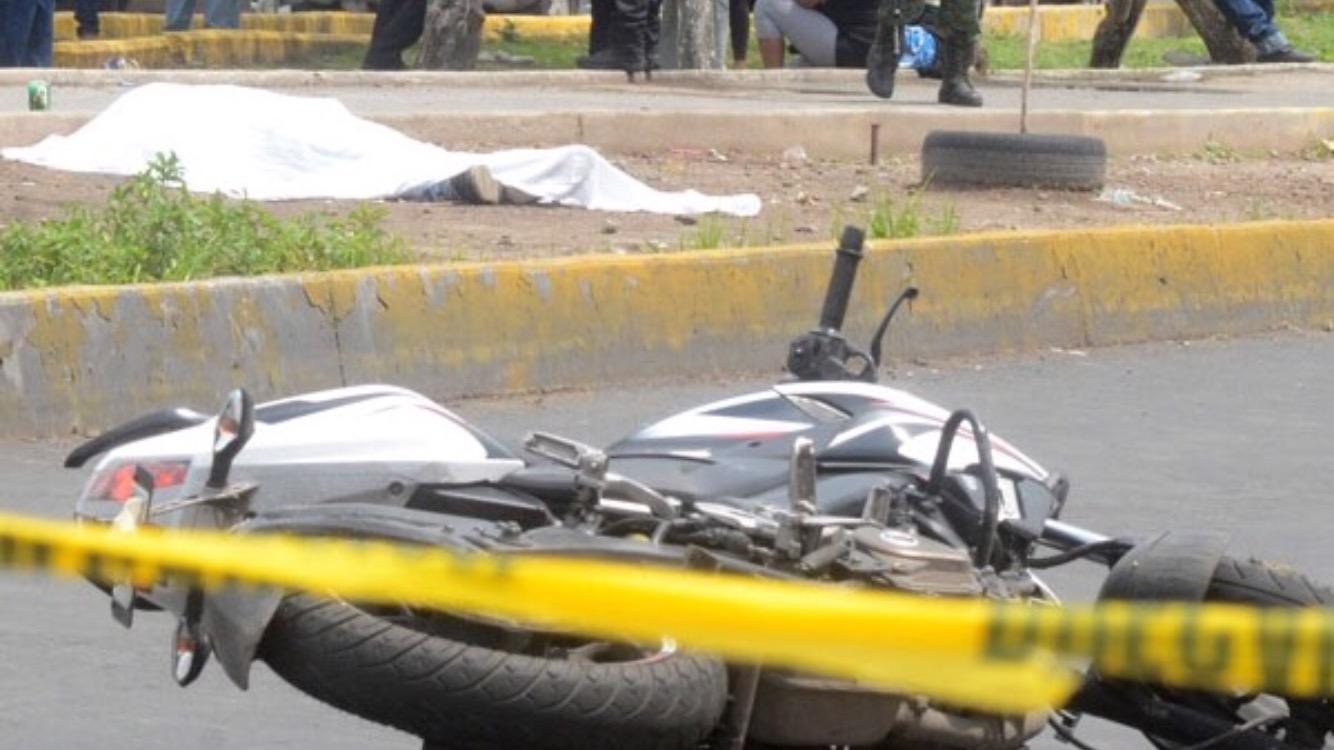 Automovilista asesina a presunto asaltante en Edomex
