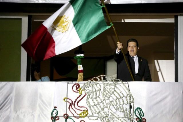 Vive Metepec intensa fiesta patriótica