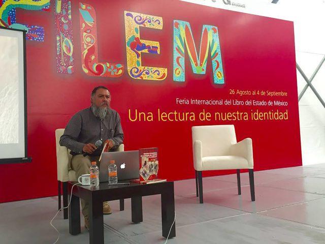 """UAEM presentó en la FILEM el libro Registro fotográfico de la avifauna del Campus """"El Cerrillo"""""""