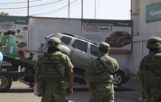 Asesinan a un militar fuera de cajero en el Estado de México