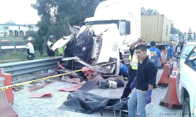 Seis muertos por accidente en la México-Querétaro