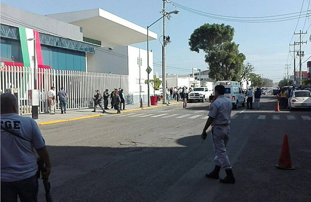 Dos muertos tras balacera en Fiscalía de Jalisco (VIDEO)