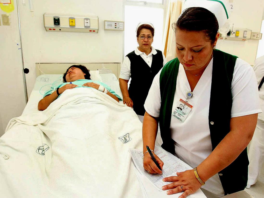 Reconoce el IMSS labor del personal de enfermería