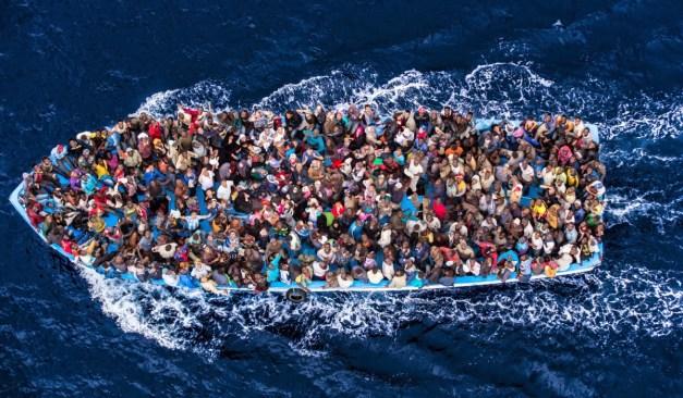 300.000 personas han cruzado el Mediterráneo en 2016