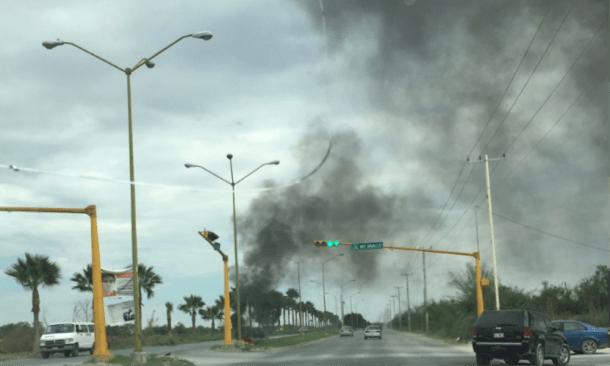 Bloqueos e quema de llantas en Reynosa, Tamaulipas