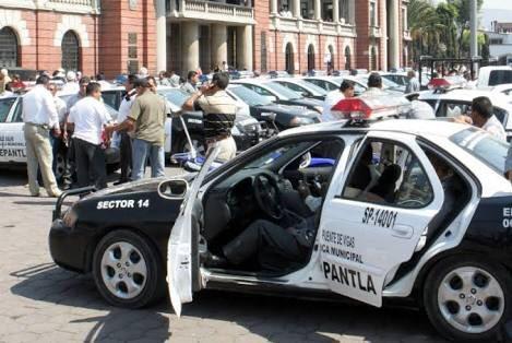 Quitan becas a hijos de policías para beneficiar a funcionarios en Edomex