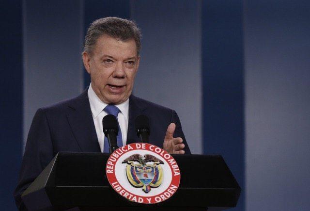 Otorgan a presidente colombiano Santos el Nobel de la Paz