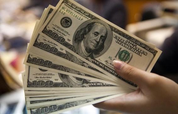 Hoy $19.63 promedia dólar en aeropuerto de la Ciudad de México