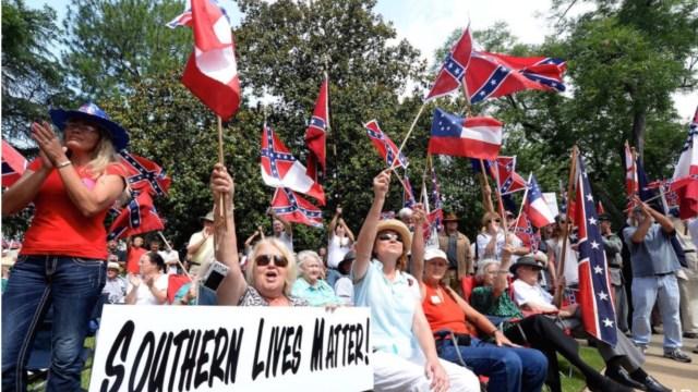 Ku Klux Klan anuncia desfile de victoria por triunfo de Trump