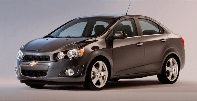 ¿Auto nuevo o usado? 3 ventajas que amarás de los autos seminuevos