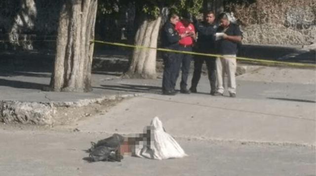 Decapitan a un hombre y lo arrojan frente a un panteón en Morelos