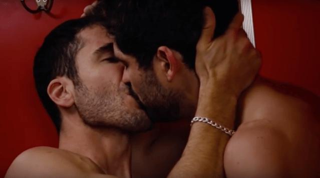 Poncho Herrera hace orgía (VIDEO)