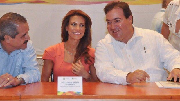 Exhiben guaruras excesos de Javier Duarte y su esposa